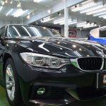 2019/4 BMW・420グランクーペ(ブラックサファイア)(多層構造機能性コーティング EXE evo1撥水・完全2層式ガラスコーティング)とある事情により、塗装面、特にプレスラインが白くなってしまい 、当店へ研磨及びコーティングのご相談でした。    当初は傷が取れない場合は全塗装も検討されておりましたが、まずは研磨で様子を見ることに。札幌市南区よりご利用ありがとうございました。