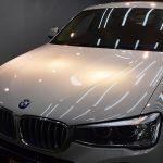 2019/8 BMW・X4(アルピンホワイト)新車時にコーティングされてたようですが3年経過していったんリセットでご入庫。強い光源下では水の痕が大量に固着しており美観の低下を招いておられました。